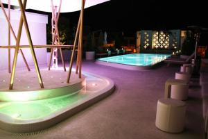 Dream South Beach rooftop