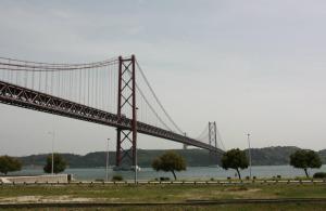 Ponte 25 do Abril